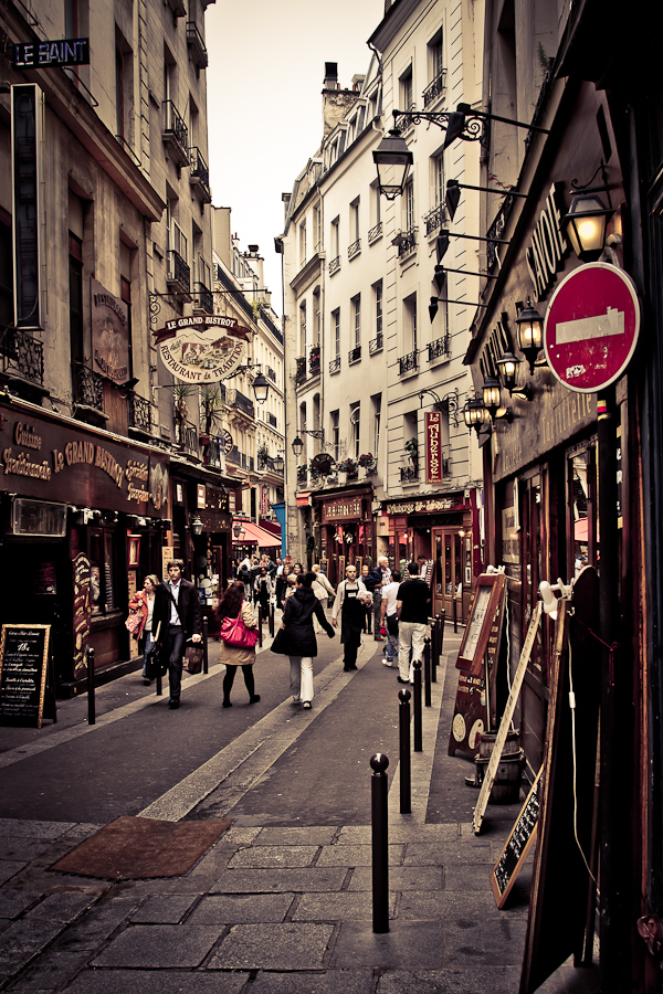 Rue Saint Severin